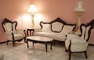 Ruang Tamu Mewah Gaya Victorian