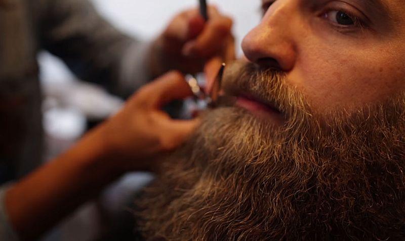 Wie man gepflegt einen Bart stutz - Die Videoanleitung zur Bartpflege - Atomlabor Blog Lifestyle Tipp