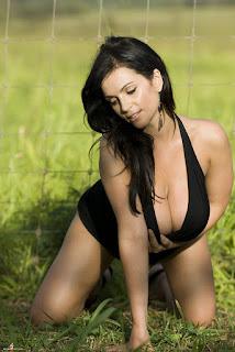 Foto Hot Seksi Denise Milani