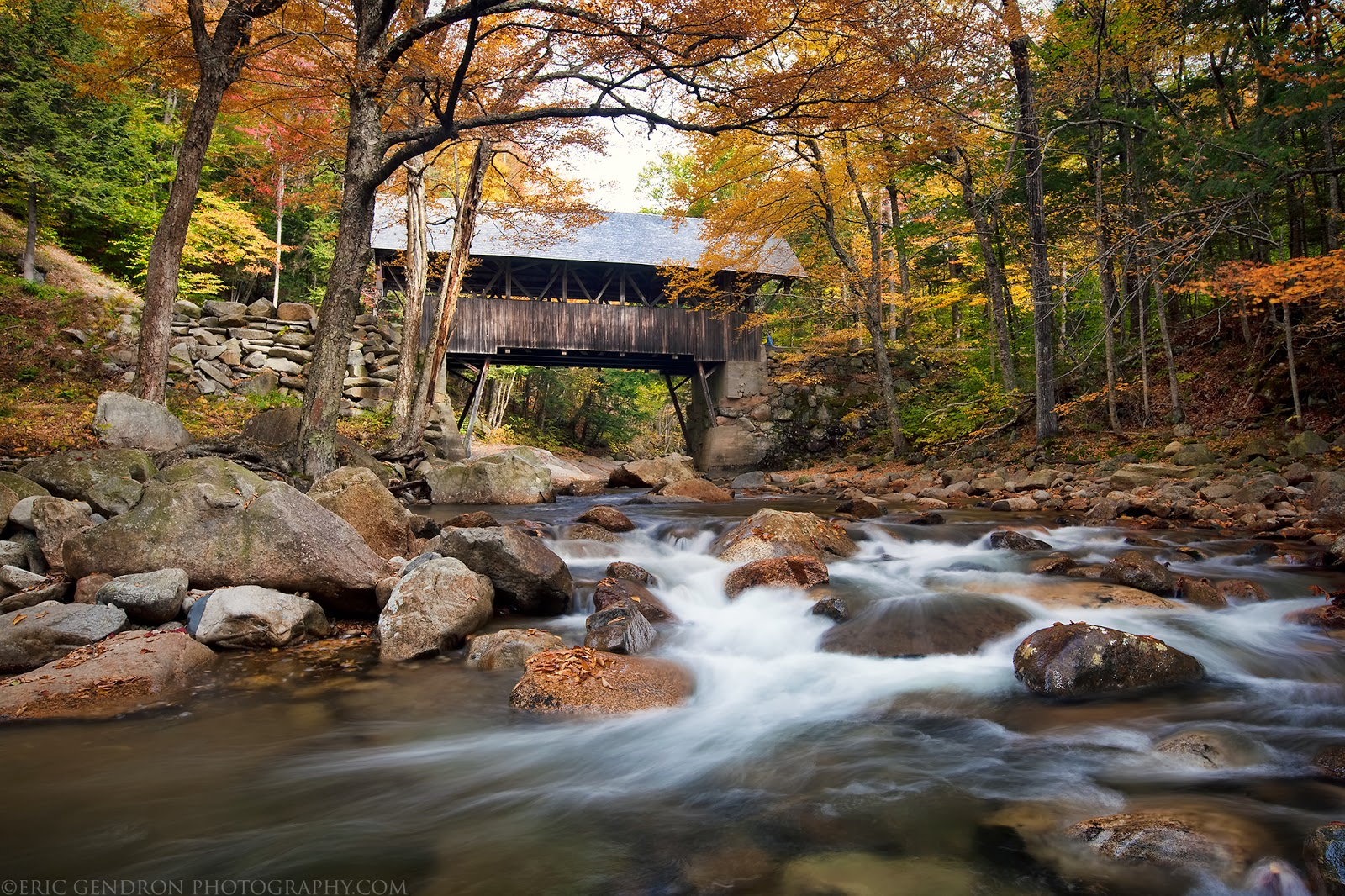 autumn foliage at the Flume Covered Bridge