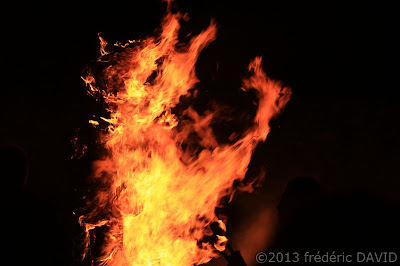 feu épouvantail spectacle fête Nandy Seine et Marne