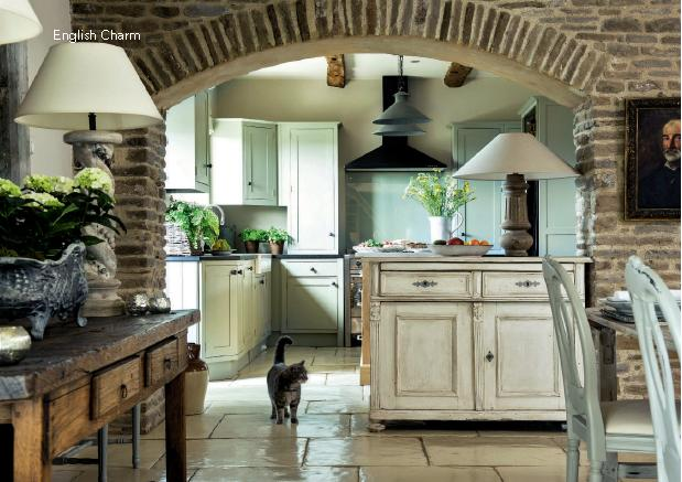 Lismary 39 s cottage dimora inglese for Inside beautiful small homes