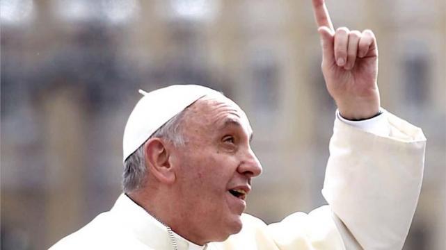 """""""No hace falta creer en Dios"""", dijo Francisco"""