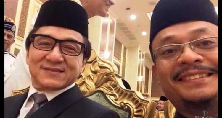 Aktor Jackie Chan Masuk Islam, Dibaiat di Malaysia