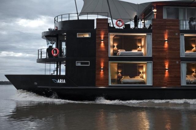 Aqua Amazon Luxury Boutique Hotel Boat