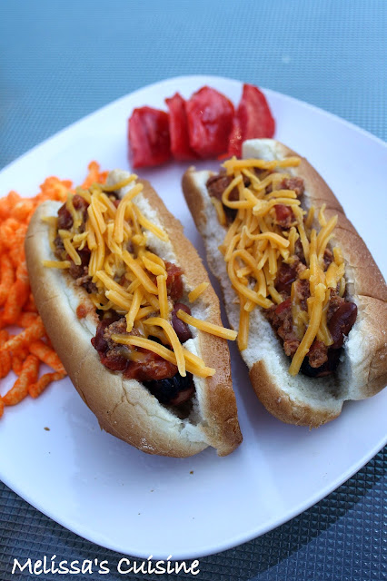 Melissa's Cuisine: Chili Dogs