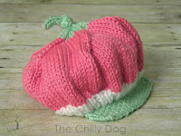 http://www.thechillydog.com/2015/10/knitting-pattern-baby-strawberry-hat.html