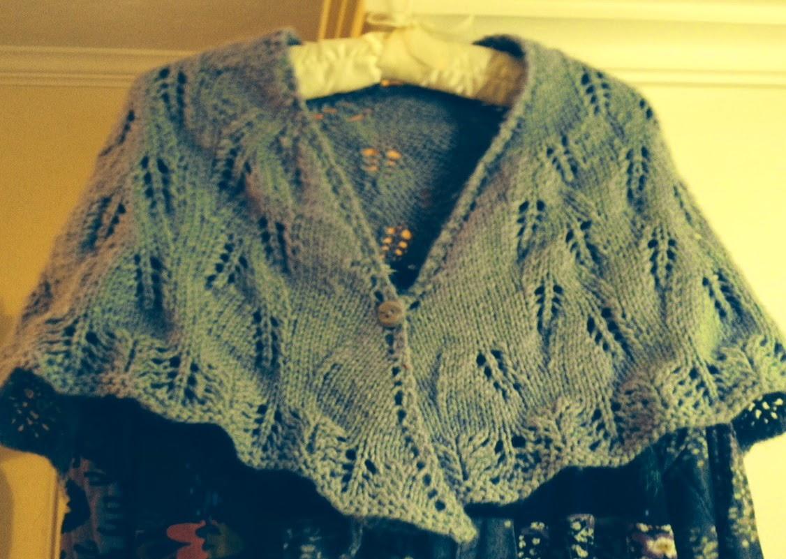 3 Button Shawl Knitting Pattern