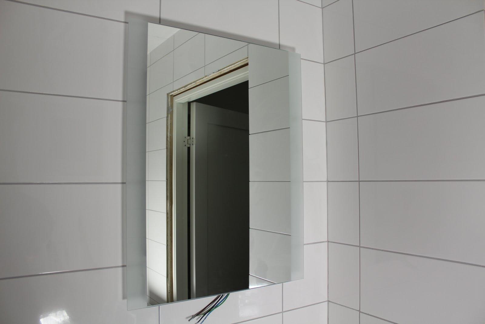 VILLA BEIERHOLM: Hänt ytterligare lite i badrum och kök.