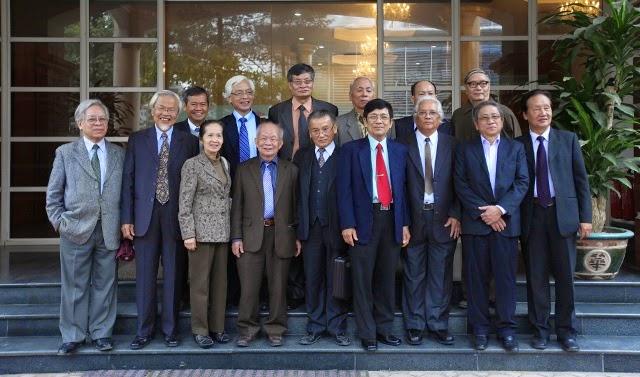 Chủ tịch nước Trương Tấn Sang và Cú lừa Dân Chủ thế kỷ