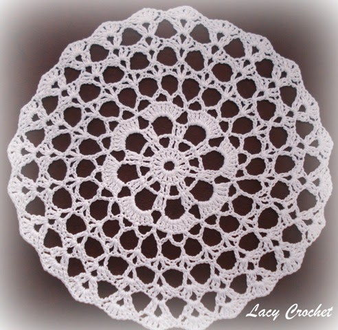 Free Crochet Patterns For Mini Doilies : Lacy Crochet: Doily of the Week #2: Simple Mini Doily