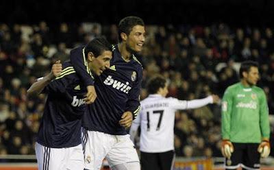 Real Madrid Kalahkan Valencia 5-0