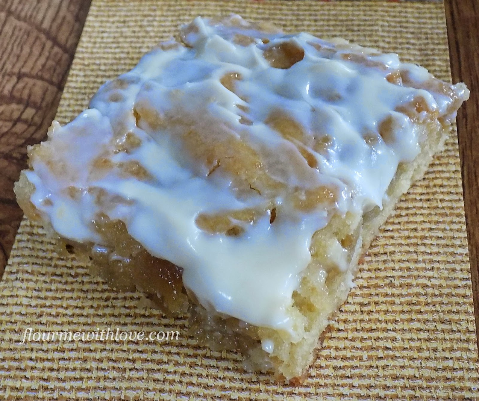 cinnamon-roll-cake-breakfast-cream-cheese-icing