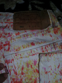 VINTAGE LEVI'S 501 TIE DYE MADE IN U.S.A