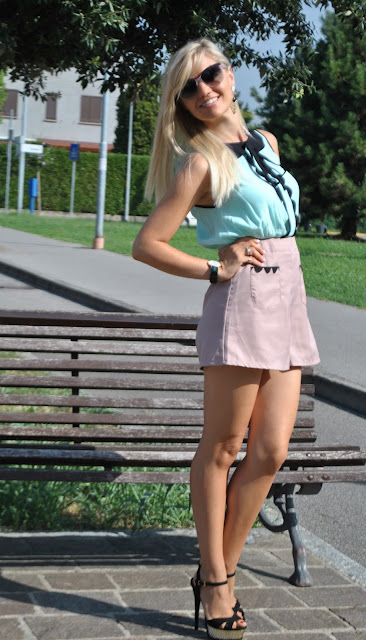 outfit playsuit shorts 2015 outfit estivi outfit estate 2015 outfit estivi donna pagliaccetto donna playsuit elegante outfit settembre forniranno tuta elegante con pantaloncino fornarina mariafelicia magno fashion blogger colorblock by felym fashion blog italiani fashion blogger italiane fashion blogger bergamo blog di moda blogger italiane di moda ragazze bionde blondie summer outfits summer outfits for girls