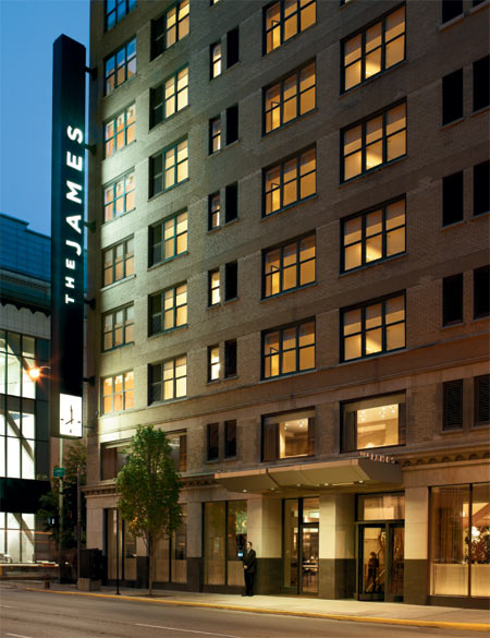 Fashion models and actress the james chicago hotel for Top boutique hotels in chicago