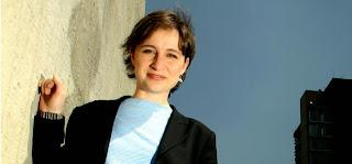 Piden que Aristegui dirija canal de la Asamblea del DF