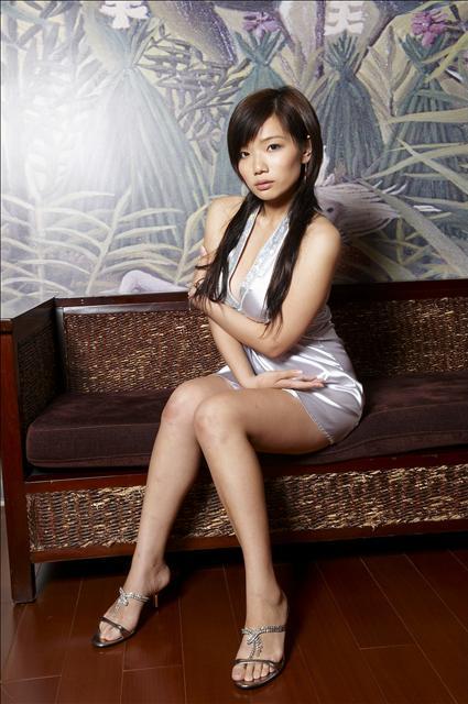 Erotic asian video pic 66