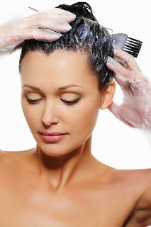 Λάθη που μπορείτε να αποφύγετε όταν βάφεται τα μαλλιά σας στο σπίτι!
