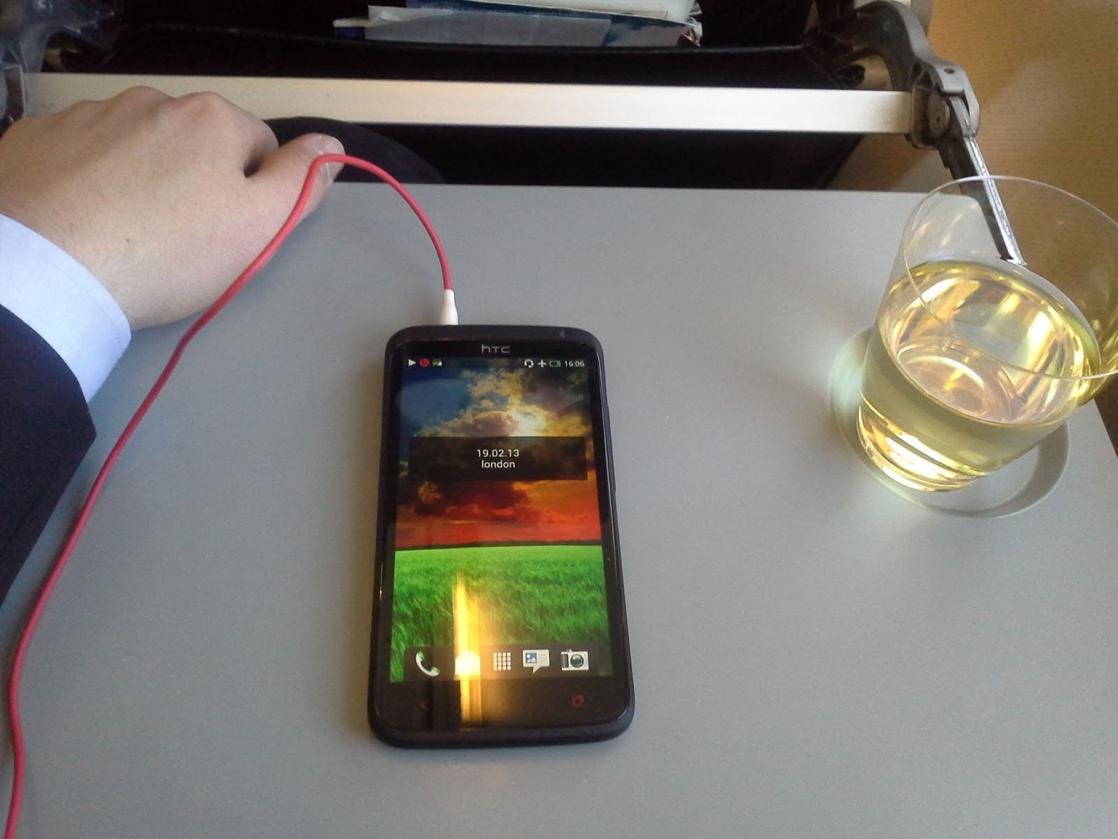 Android Revolution | Mobile Device Technologies: Gallery: HTC One ...