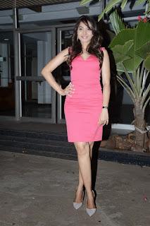 Andrea  Pictures in Short Dress at Aranamanai Audio Launch   (31).jpg