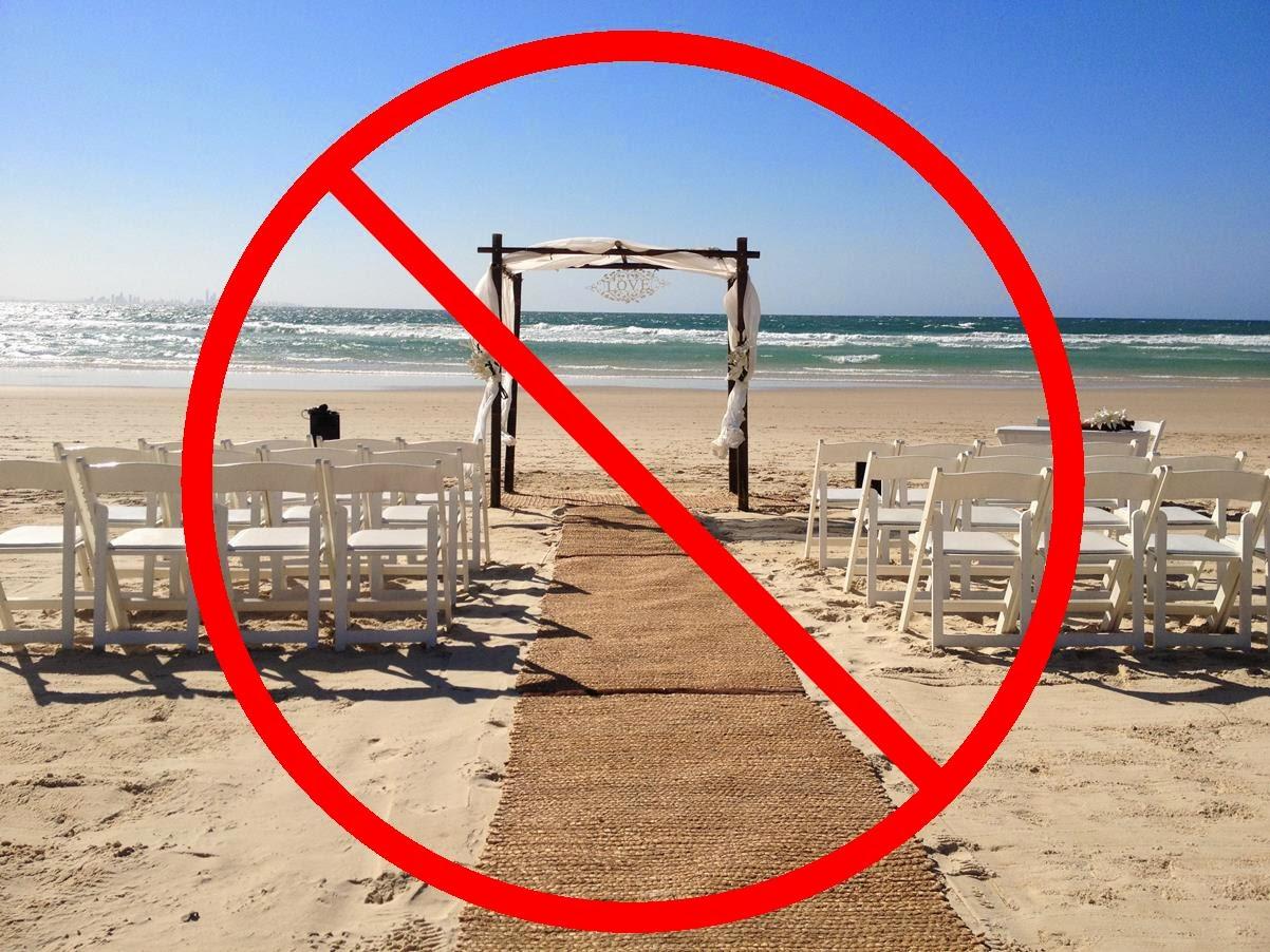 Simply Magic Ceremonies\' Wedding Blog: Beach Weddings vs Park Weddings