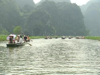 Hanoi - Perfume Pagoda - Mai Chau Tours - 3 days