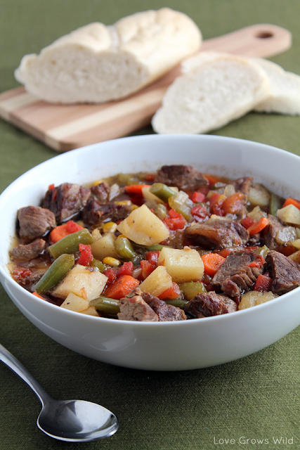 Hearty Vegetable Beef Soup from Love Grows Wild #recipe #soup