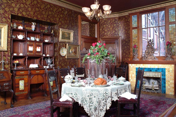 labels victorian interior design
