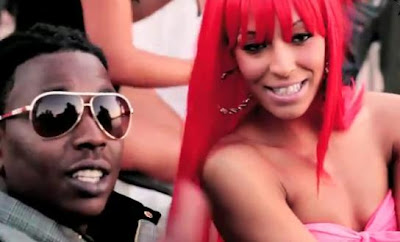 | Richie Wess Feat. Sammie and Yung Dred Shawty Is A Freak |