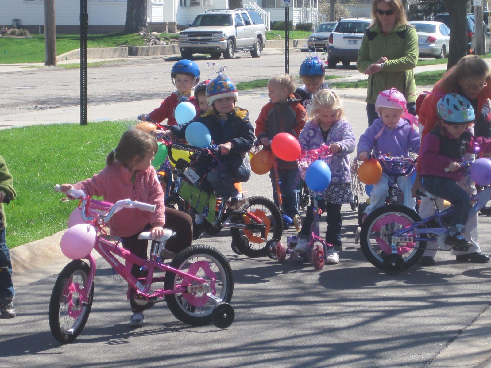Как можно украсить велосипед своими руками в домашних 54