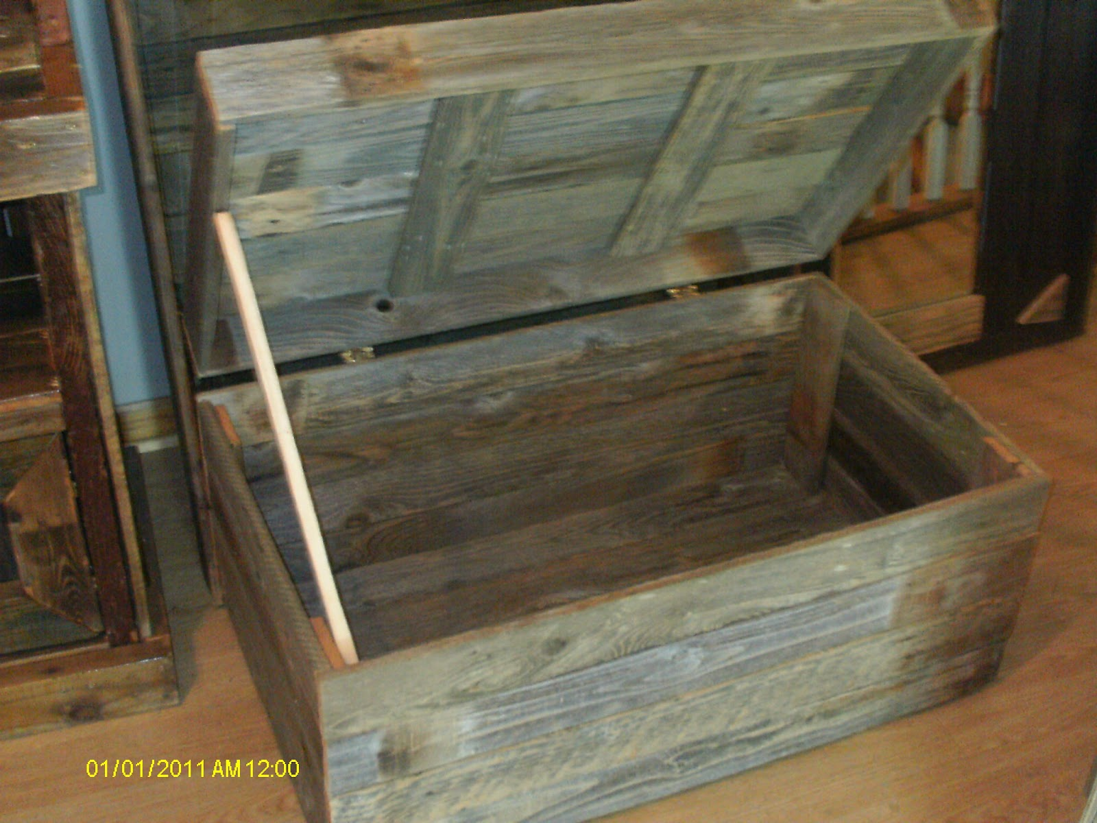 Uncategorized Chest Trunk Furniture handmade rustic log furniture reclaimed fenceboard chest chesttrunk