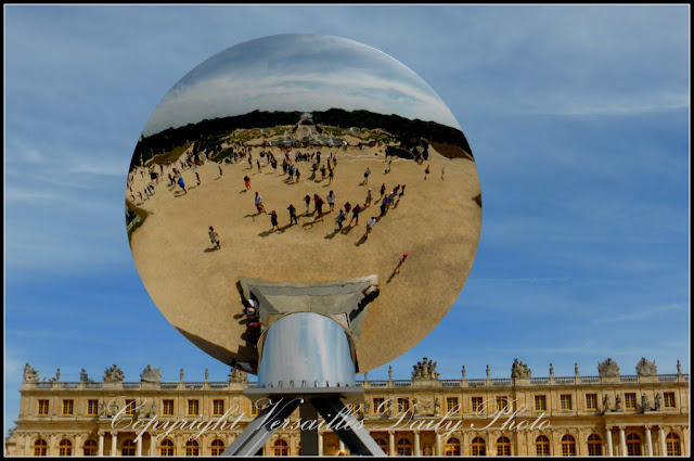 Sky mirror Anish Kapoor Versailles
