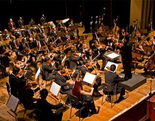 Homenagem aos músicos e entrevista sobre o projeto Música nas Escolas