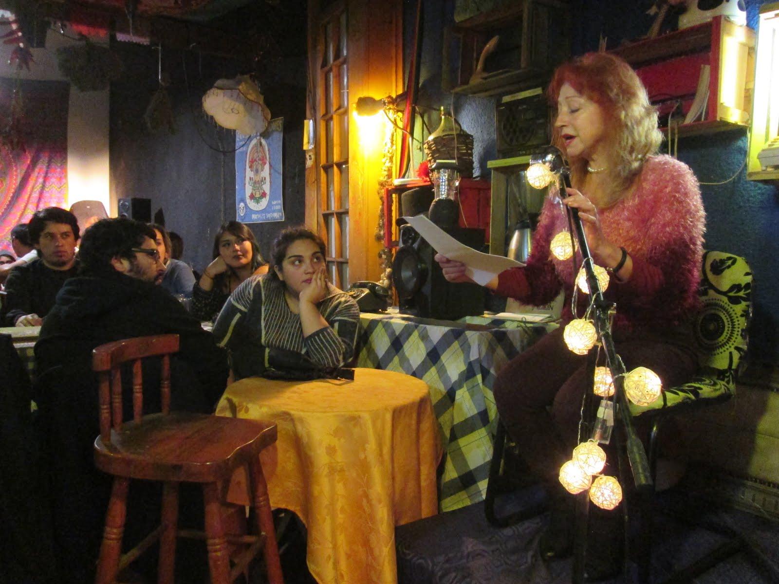 """Lectura Poetica en Bar """"Chancho Seis"""""""
