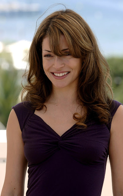 Emmanuelle Vaugier Bra Size And Measurements