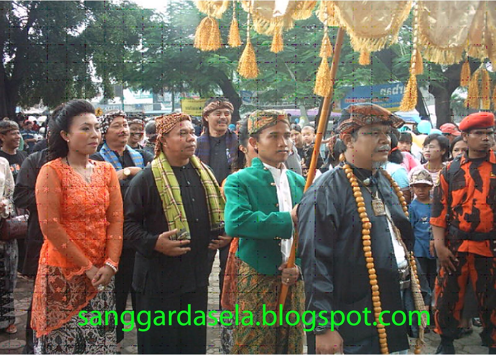 Upacara Pernikahan / Perkawinan Adat Sunda di Bandung