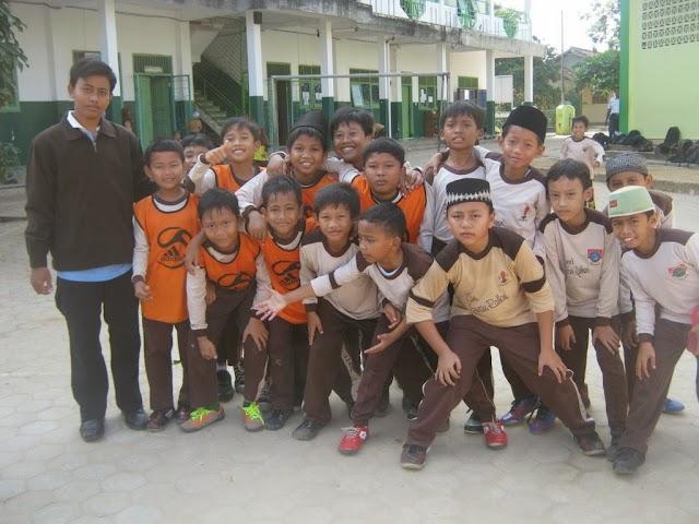 Tim Ekskul Futsal SDIT Wahdatul Ummah Metro