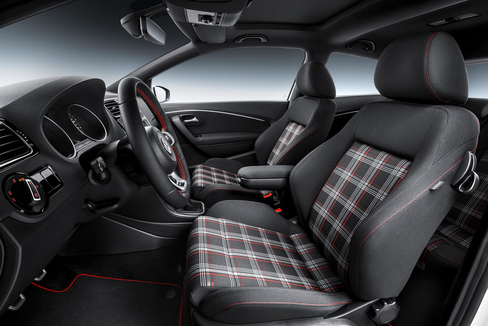 2015 vw polo gti facelift gets new 190ps 1 8l turbo and for Interieur nouvelle polo