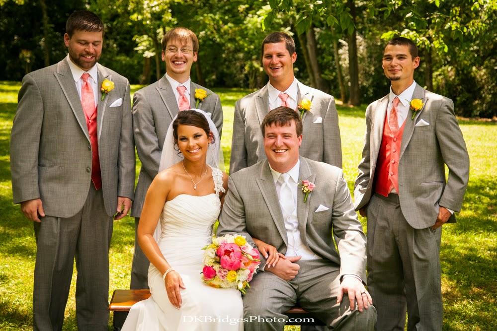 IMAGE: http://3.bp.blogspot.com/-_UTB9j6SrQI/U6reDj1IopI/AAAAAAAAPSQ/DpfYfubfJoY/s1600/wedding+edits+FINALS+web+(225+of+335).jpg