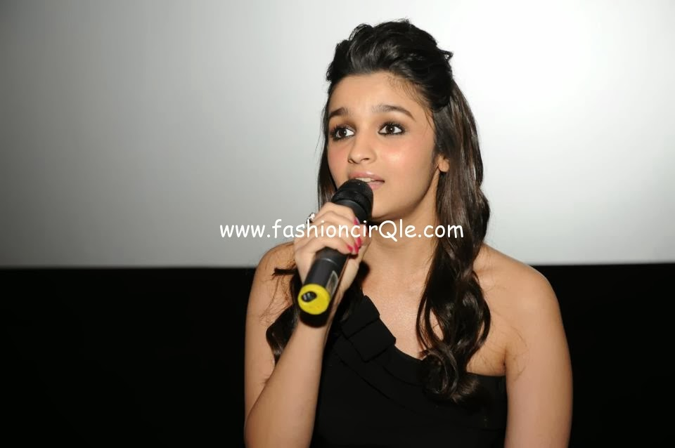 ... & Kran Promoting Student Of The Year Movie In London | Alia Bhatt