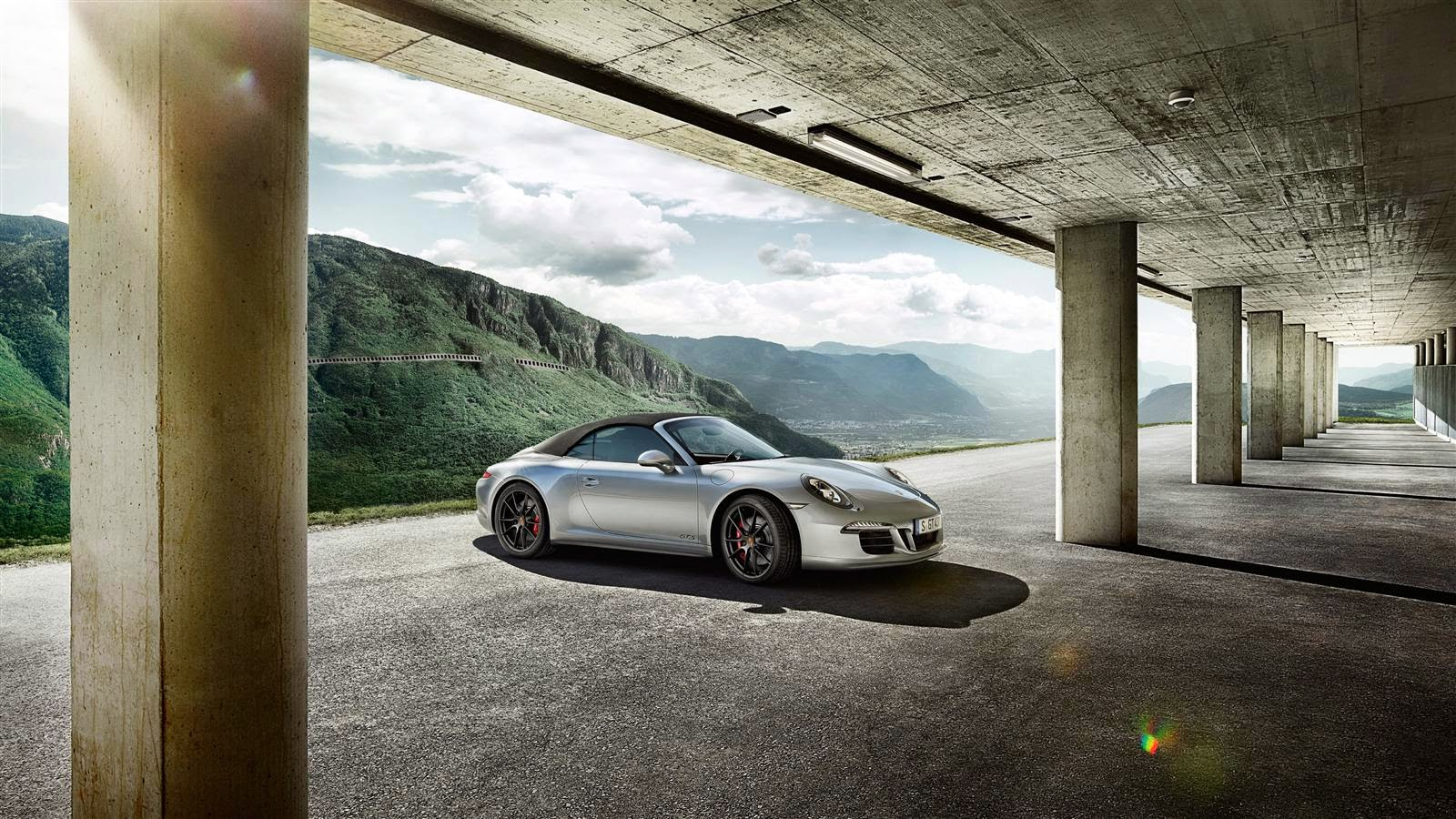 2016 Porsche 911 Carrera GTS Club Coupe Caricos