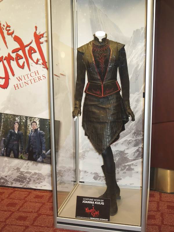 Joanna Kulig Red Haired Witch costume Hansel Gretel