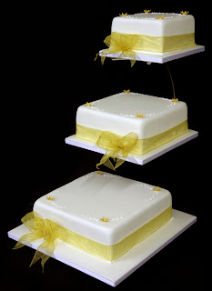 Wedding Cakes Ideas: Best Designs For Square Wedding Cake ...