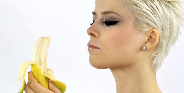 This Is What Happens To Your Body  When You Eat Two Bananas A Day!!