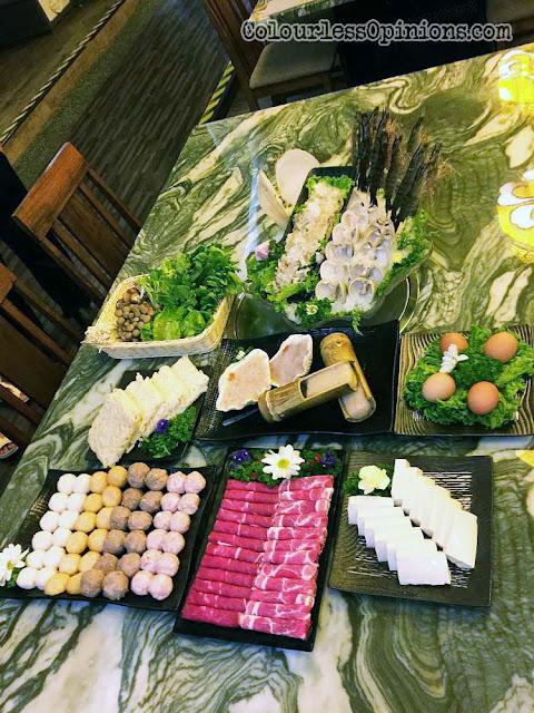 yezi the roof cny menu package
