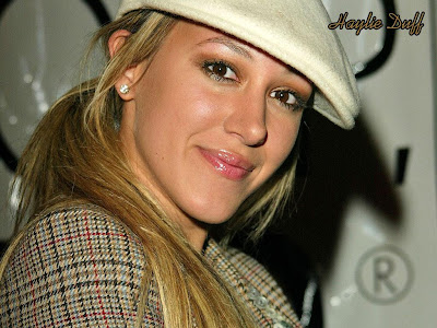 Haylie Duff Cute Wallpaper