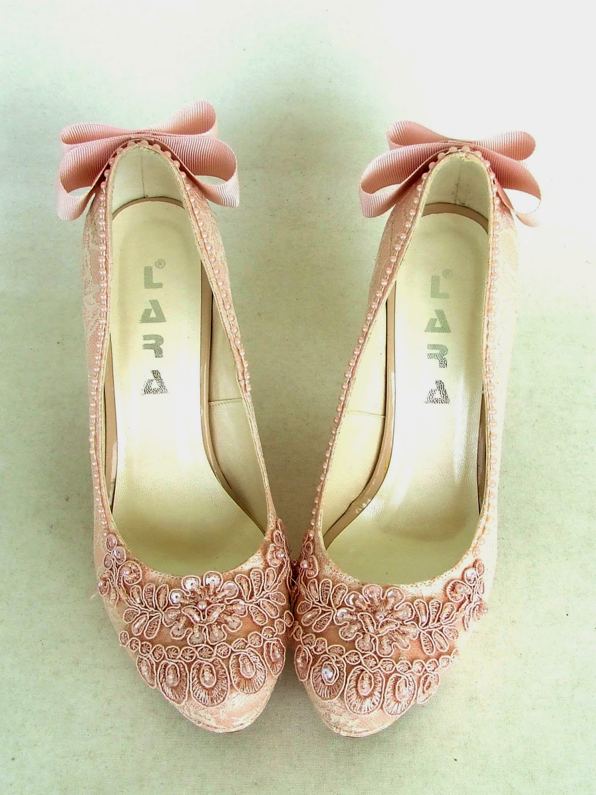 Kukla Shoes By Rana Ztok Vintage Blush Bridesmaids With Embroider Blue 12 Inchi New Embroidered Lace Have Just Come Out From The Atelier Pink Bridal Create A Romanticvintage Look Yeni Ilemeli Dantel Ayakkablar