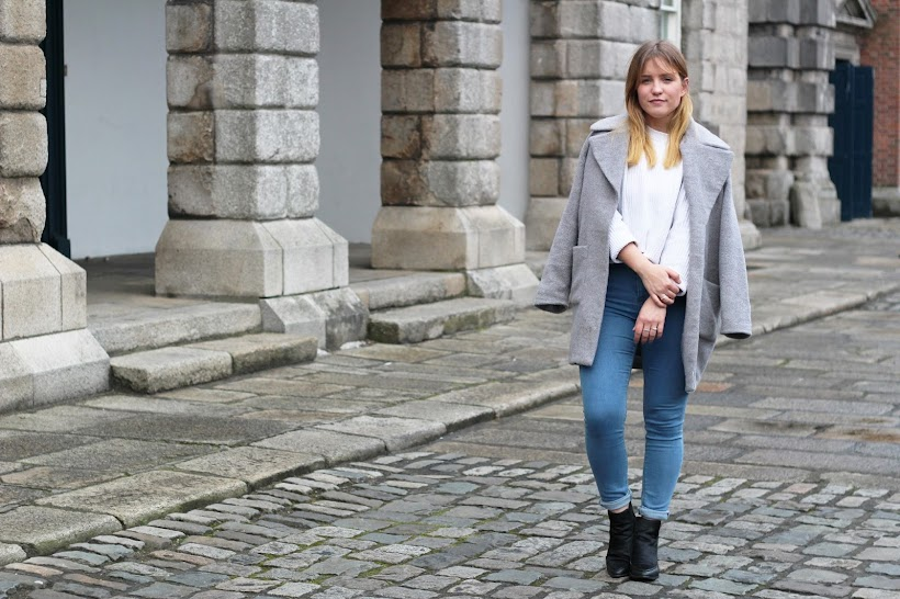 grey missguided coat, aos pony hair ankle boots, asos ridley jeans, while jumper, irish fashion blog, Irish street style, casual street style, latest lil blog, latest lil outfit post, grey coat street style