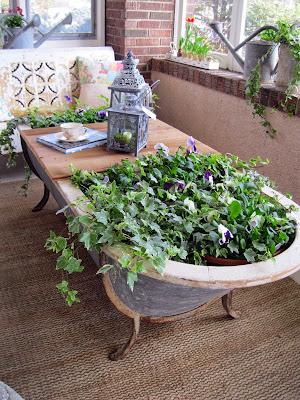 Bricolage recyclage:idées ingénieuses de planteurs pour l'embellissement de votre jardin